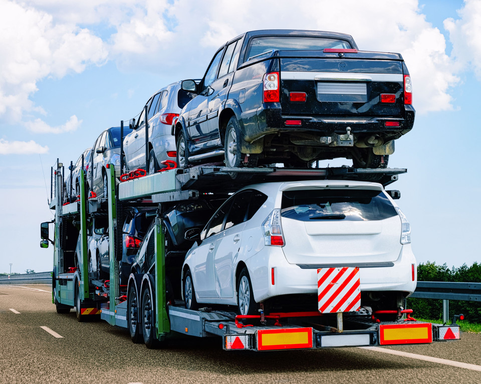 Some Helpful Information and Tips about Shipping Vehicles