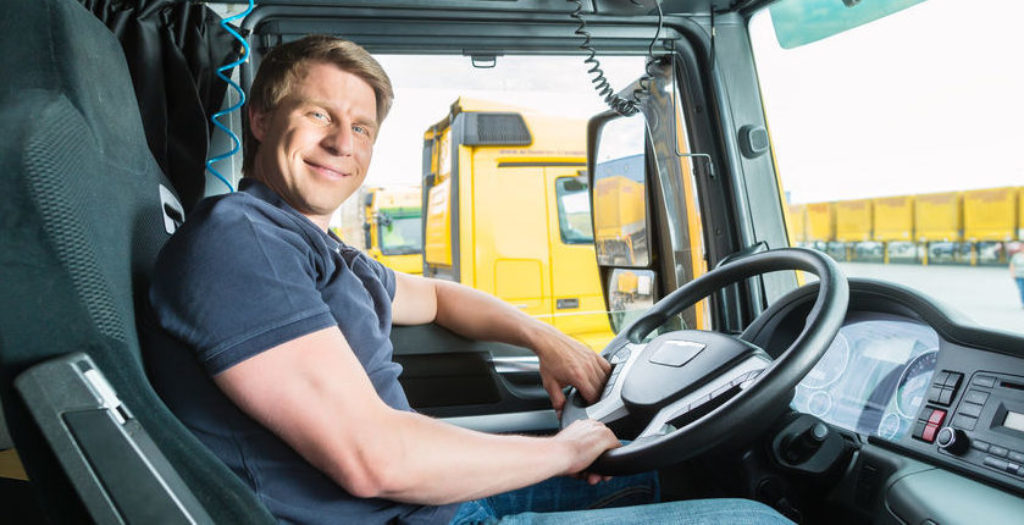 Effective Tips for An Inexperienced Person to Get A Truck Driving Job
