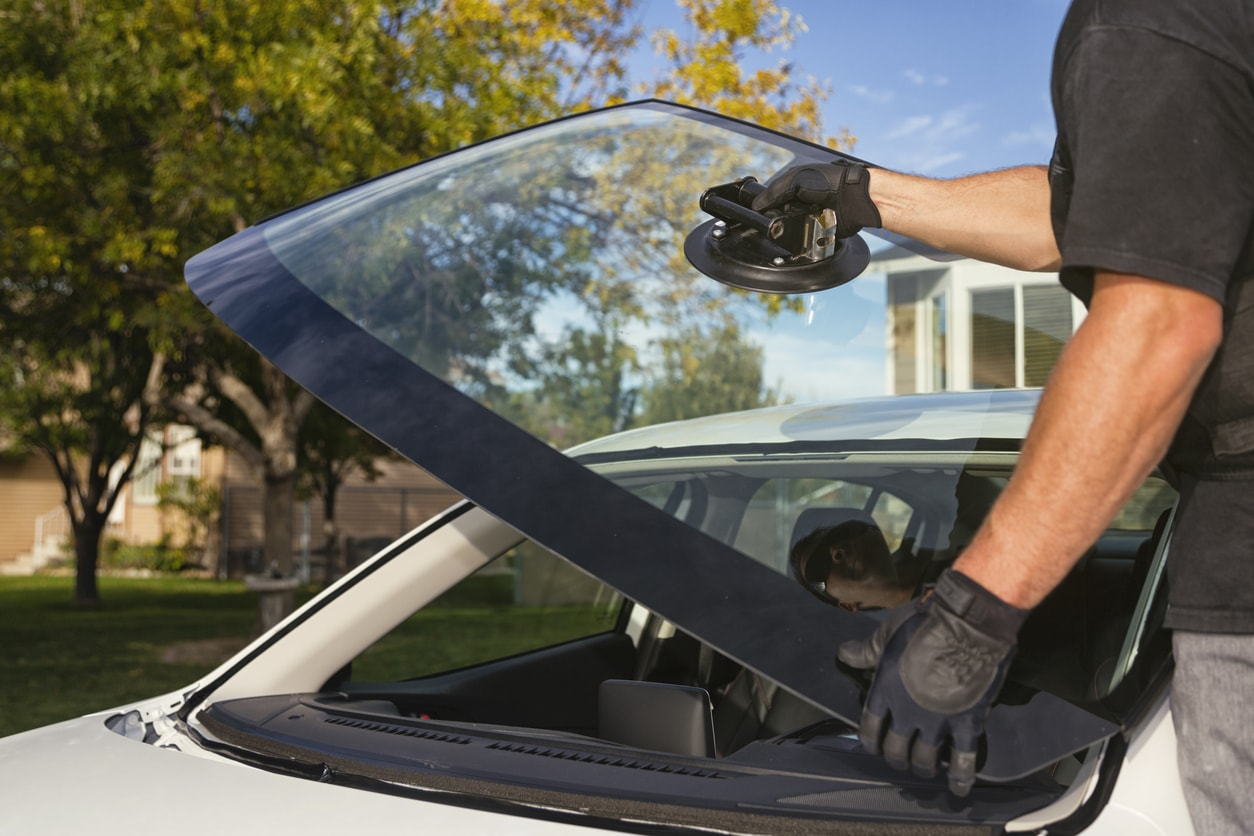 Three Common Methods of Windshield Auto Glass Repair in Tucson, AZ
